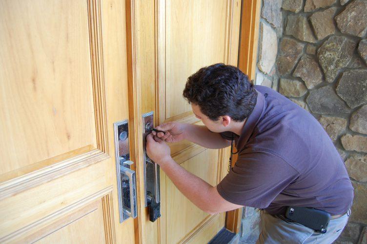 Recherche de serrurier à Lyon : Optez pour un artisan de proximité ?